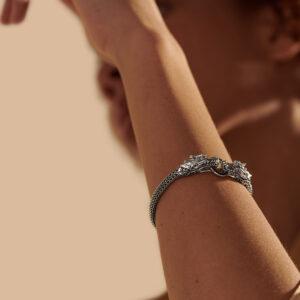 Legends Naga 5MM Bracelet in Silver with Gemstone / Black Spinel John Hardy Jewels in Paradise Aruba BBS601884BLSBN